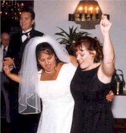 gladysdebweddingdancesm.jpg (20826 bytes)